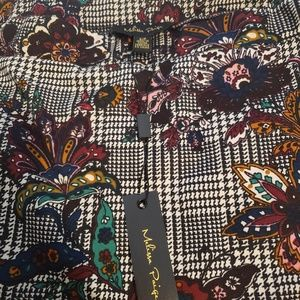 Dresses & Skirts - Gorgeous patterned shirt